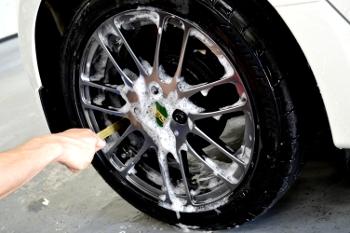 洗車ホイール.jpg
