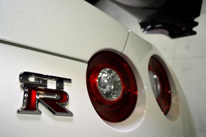 gt-r2-12.jpg